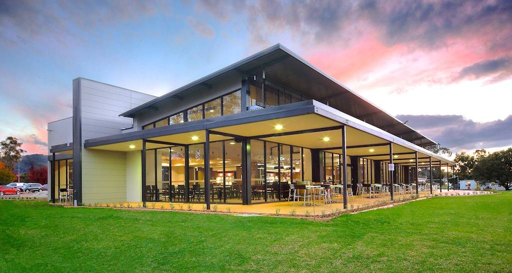 Architectural Photography Mudgee Golf club